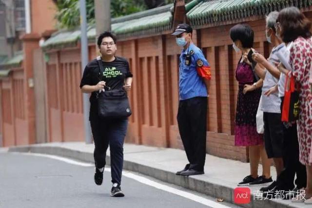 广州高考72小时:考生为明天而战,他们为考生而战