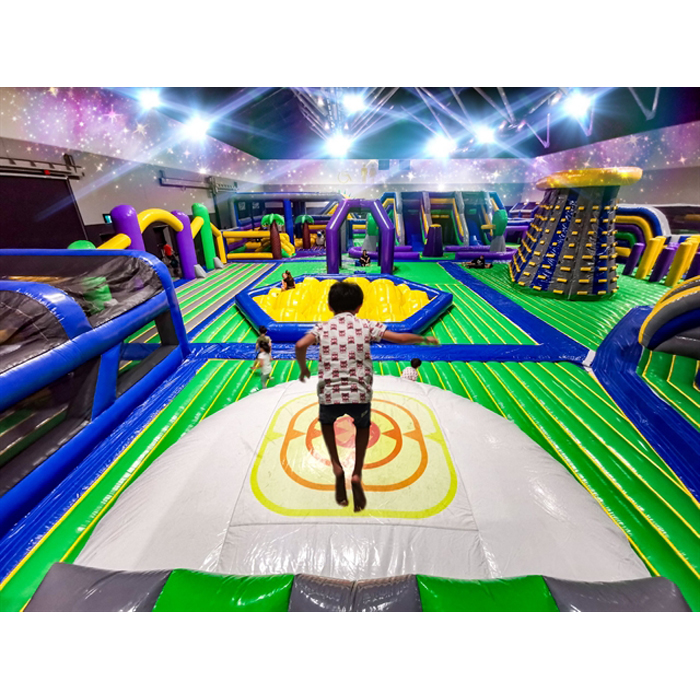 40x30m World's biggest bounce house indoor inflatable theme park for sale with best lead free pvc tarpaulin material