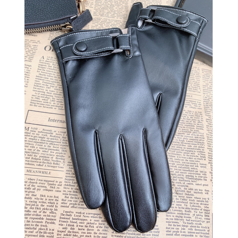 Men's Winter Polyurethane Leather Thermal and Wind-proof Touch Screen Fashion Glove Locomotive Driving