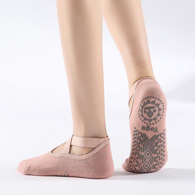 ship door to door high quality Wholesale Women Yoga Gym Dance Sport Exercise Socks Cotton Non Slip Massage Fitness Yoga socks