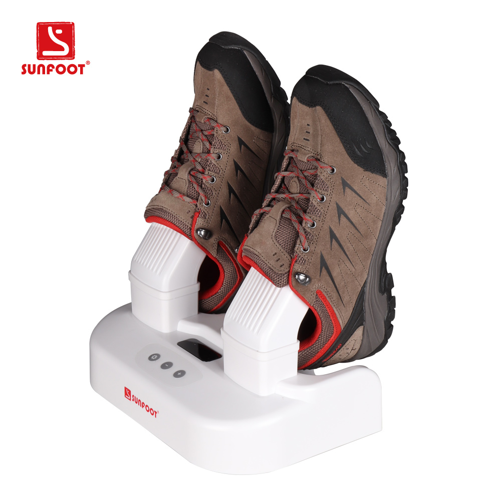 Shoe cleaning machines with ozone sterilizing function
