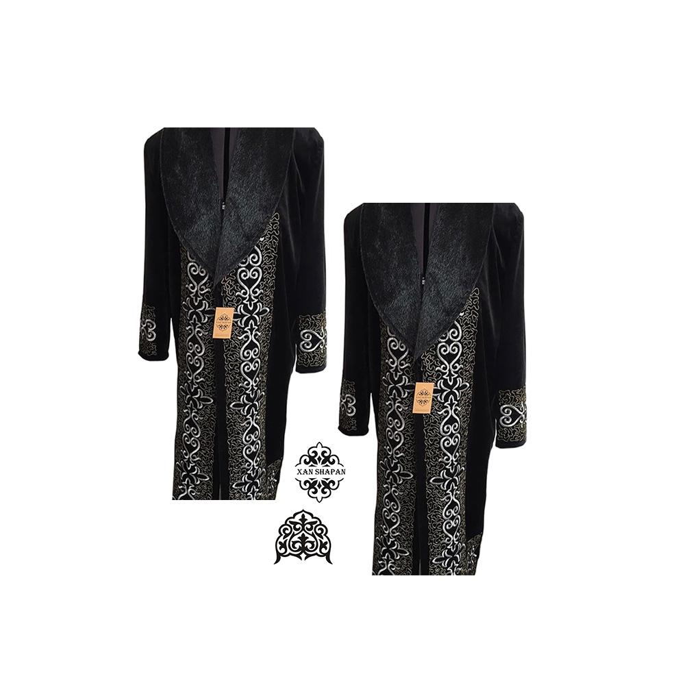 Customized Faux Fur Men Clothing Garment with Headdress