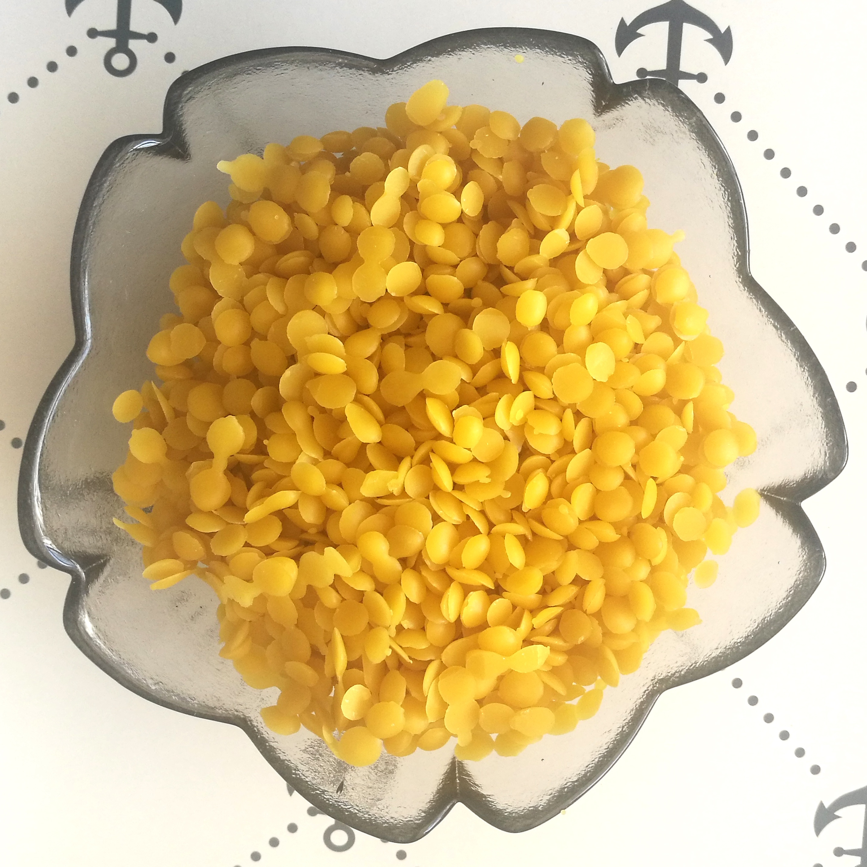 Pure beeswax in handy pellets form 100% organic