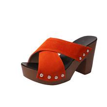 2020 г., женские шлепанцы на толстом каблуке с открытым носком женские повседневные сандалии на платформе женская модная обувь с заклепками(Китай)
