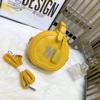 黄色ラウンド