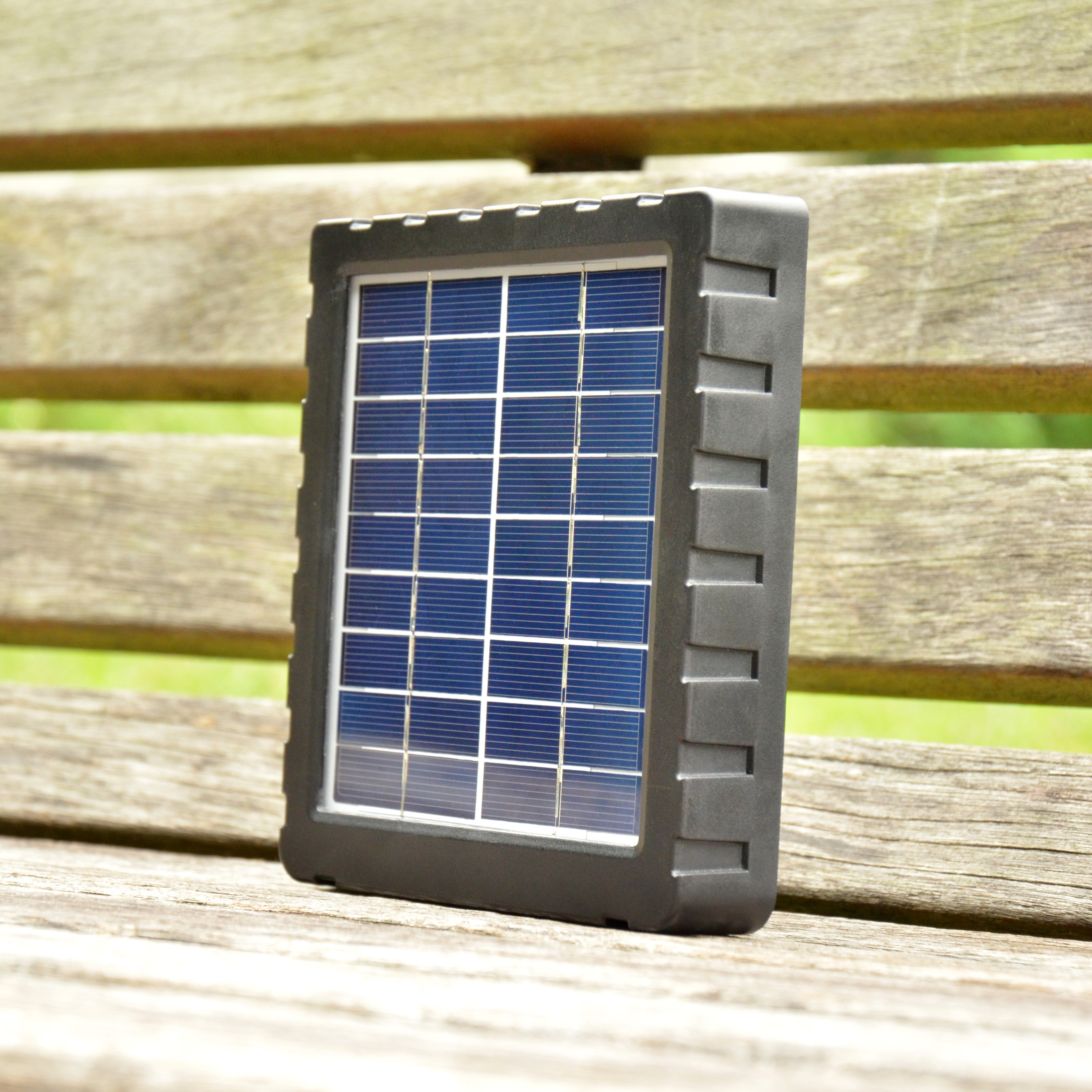 outdoor waterproof IP54 12V solar panel charger for trail camera