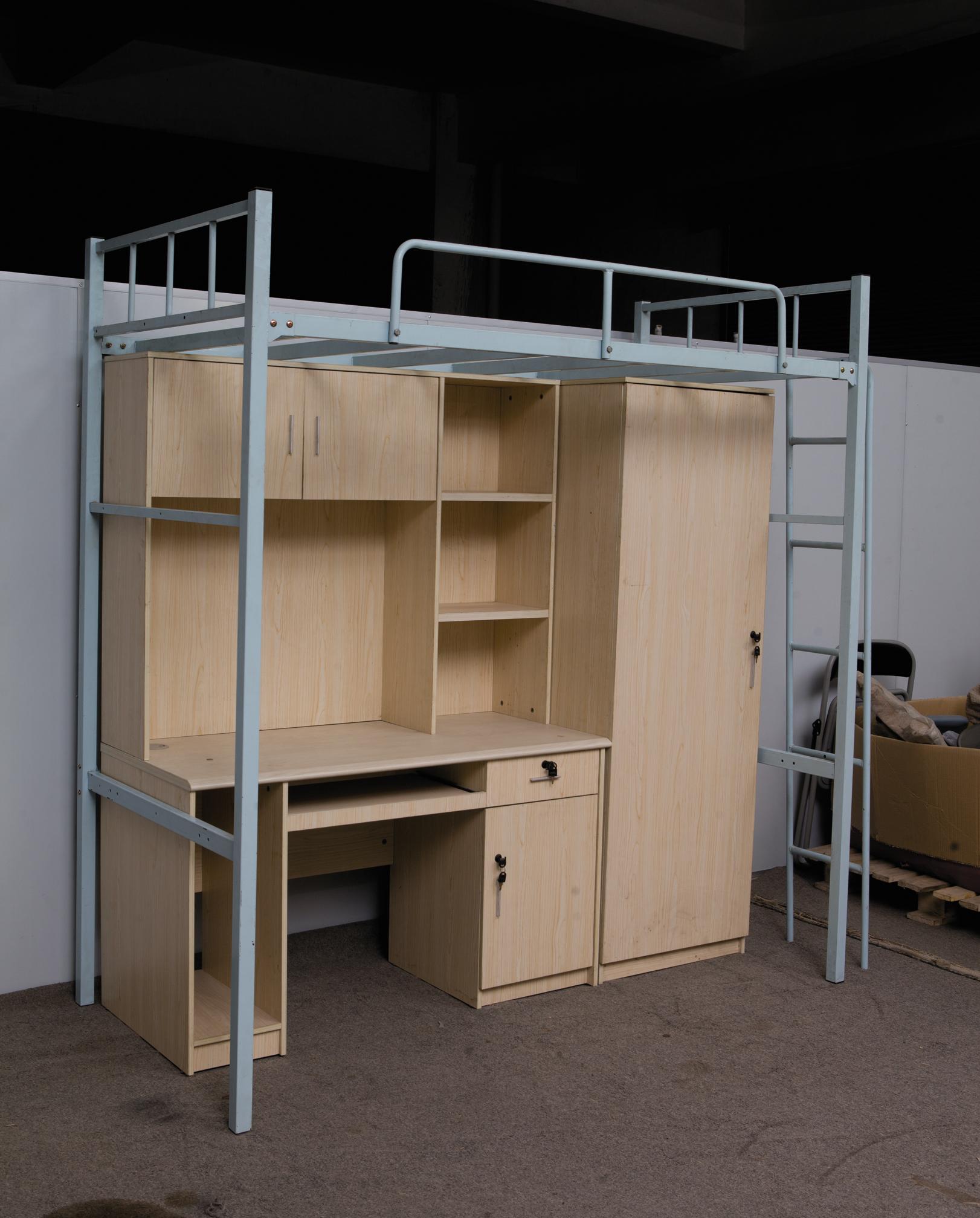 Современные металлические кровати для общежития с столом от производителя
