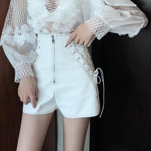 DEAT 2020 Весна Длинный кружевной рукав бант воротник Топы Pu шорты Женский комплект из двух частей наряды MH807(Китай)