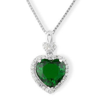 Simple Heart-Shaped Shiny Green Gemstone Pendant