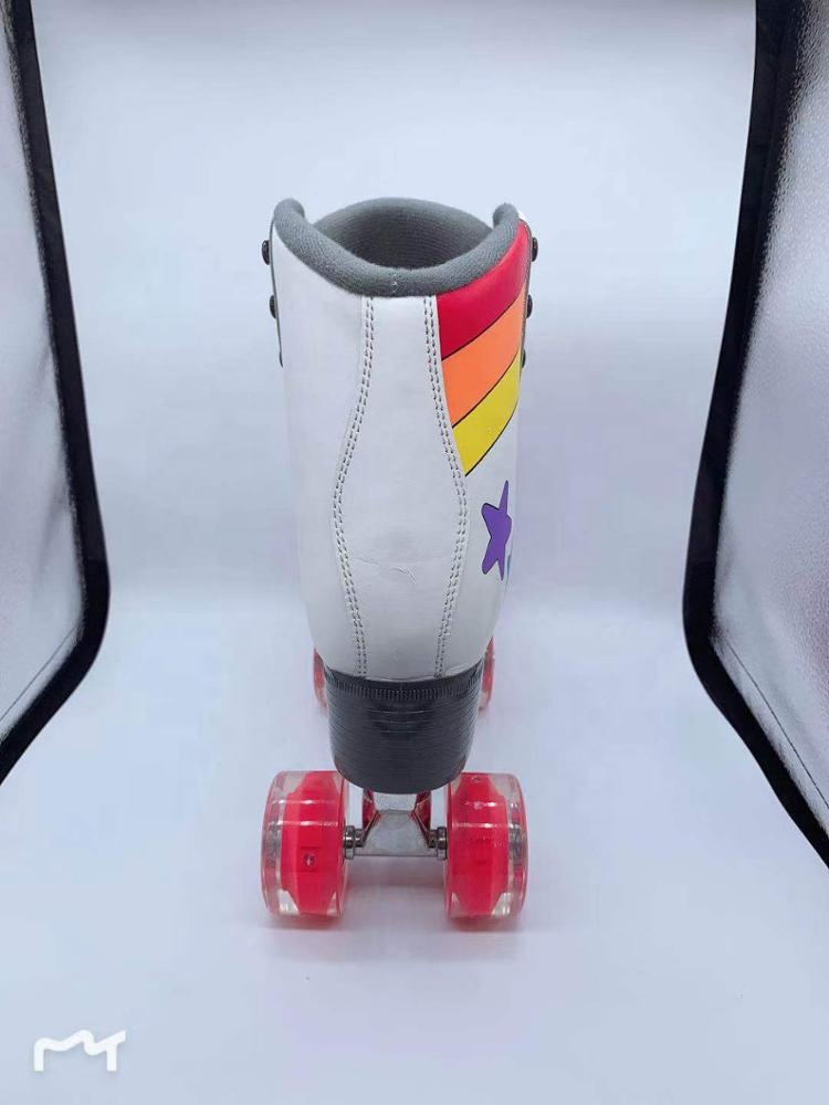 Hot sale Custom pattern design high quality flashing lights wheels quad roller skates shoes for kids, teenagers and adults