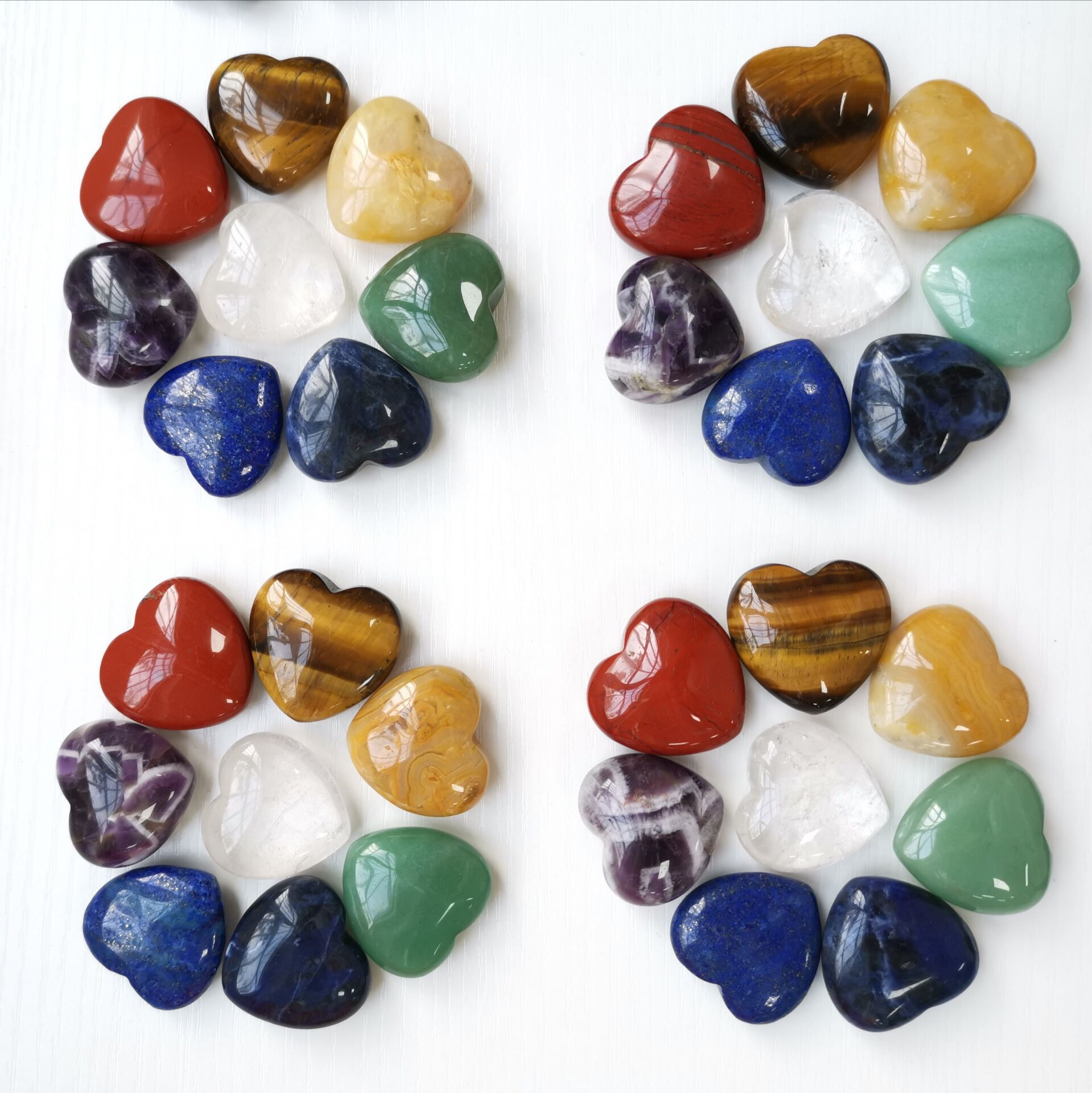 Hot Wholesale 3cm Natural Crystals healing stone Heart Gifts Chakra stones
