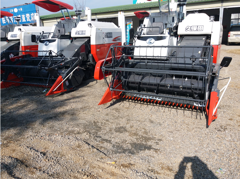 Agriculture Machinery Kubota 4LZ-2.5(PRO688Q) Combine Harvester For Rice And Wheat