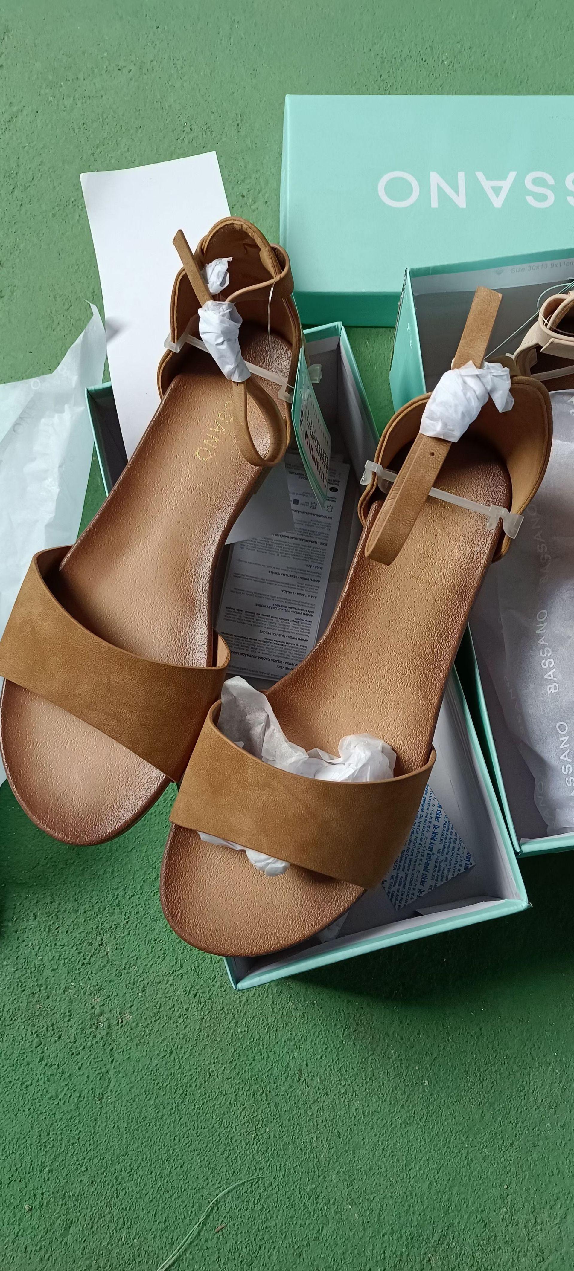 Лидер продаж 2021, повседневные Модные дышащие сандалии для женщин MS27