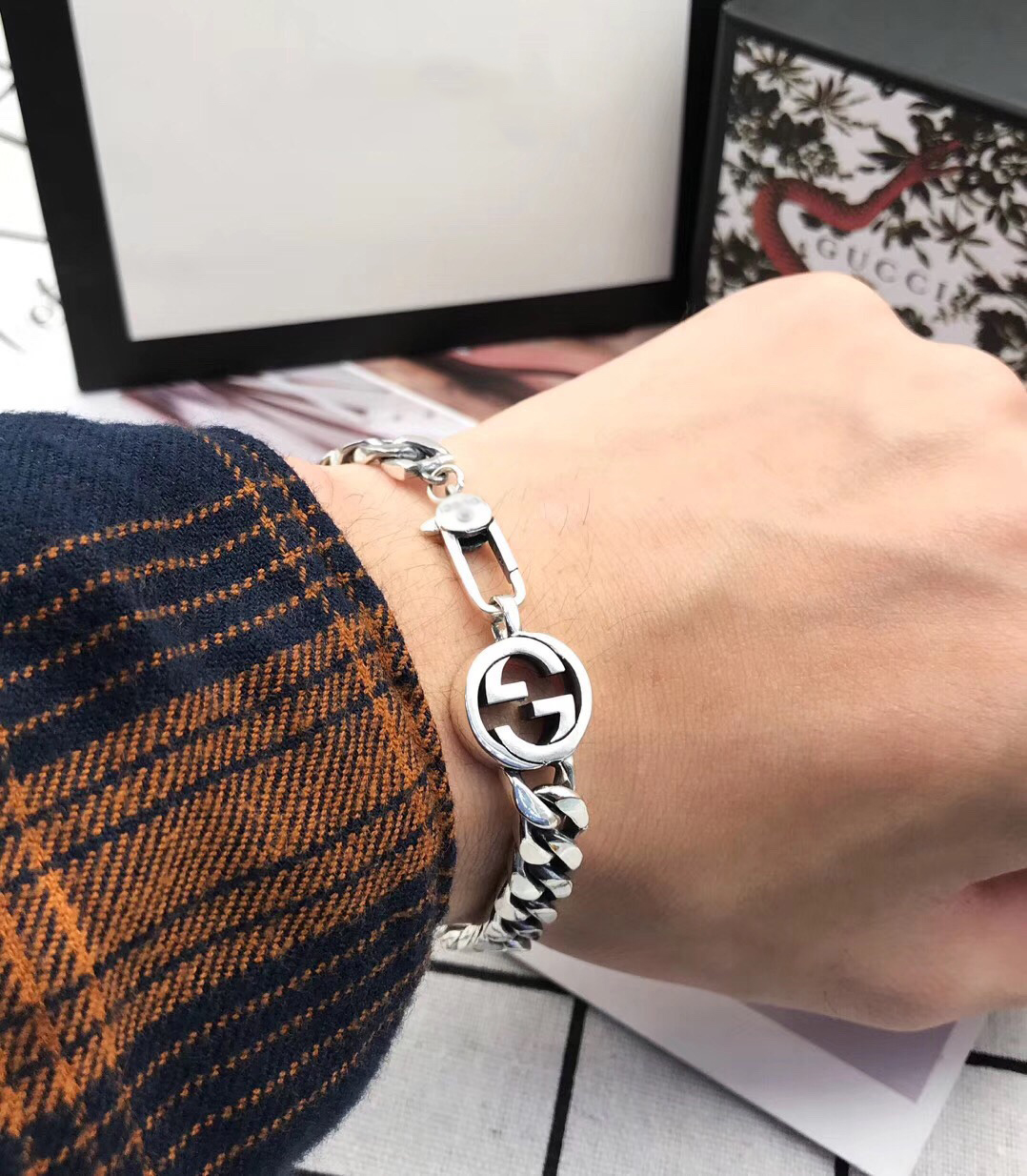 Japanese and Korean fashion simple accessories personalized Sterling Silver smooth bracelet for men Spot wholesale