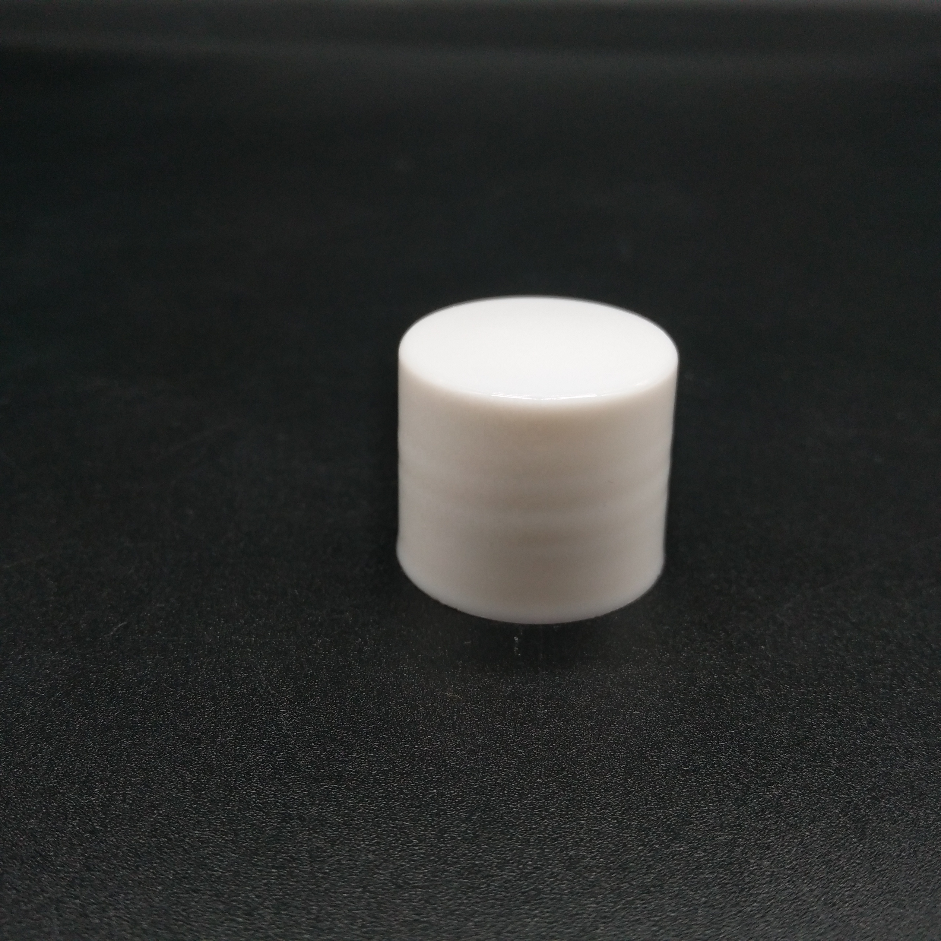 Wholesale customized good quality standard size non spill plastic cap for toothpaste tube