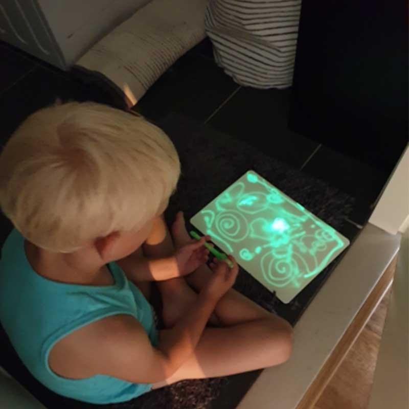 Elice A3 A4 A5 Светящиеся в темноте игрушки для детей флуоресцентная доска для рисования Волшебная подкладка