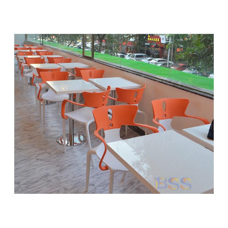 Топ 30, ресторан, кафе, бистро, стол и стулья, прямоугольный Corian, белый глянец, обеденный стул с столом  Топ 30 ресторанный кафе бистро стол и стулья набор конструкций прямоугольник Corian белый блеск обеденный стул со столом