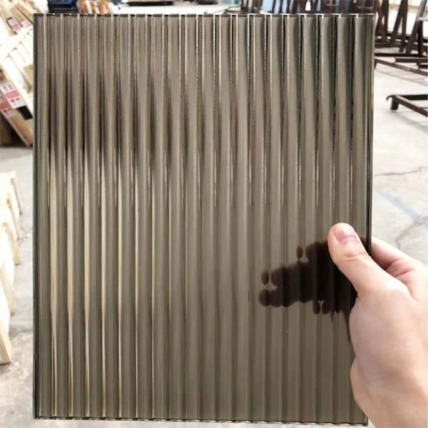 Guangdong Manufacturer Reeded glass price