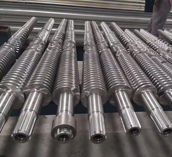 Extrusion screw and barrel for plastic extruder machine
