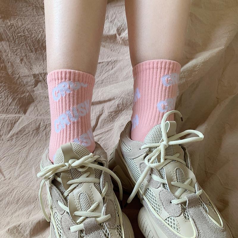 Girls Wholesale Logo Custom Print Trendy Own Design Sports Socks Women