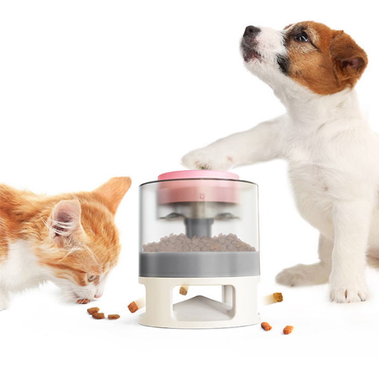 Slow Eating Food Interactive Pet Toy Dancing Spinning Cat Toy Leakage Food