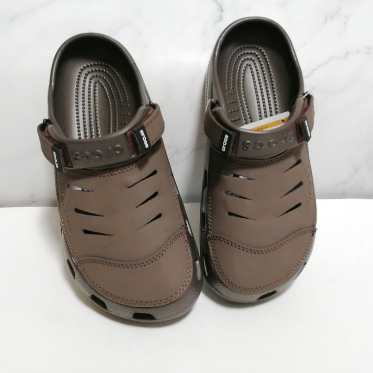 Men's Clog Shoes Leather Large Size Beach Shoes Casual Leather Sandals Slippers
