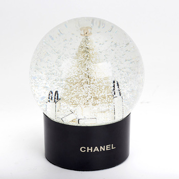 Custom Christmas Gifts Plastic Snow Globe With ABS Base