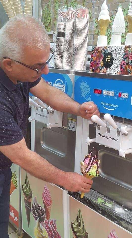 Oceanpower high quality  Ice-cream machine newly type frozen yogurt soft ice cream machine for commercial use
