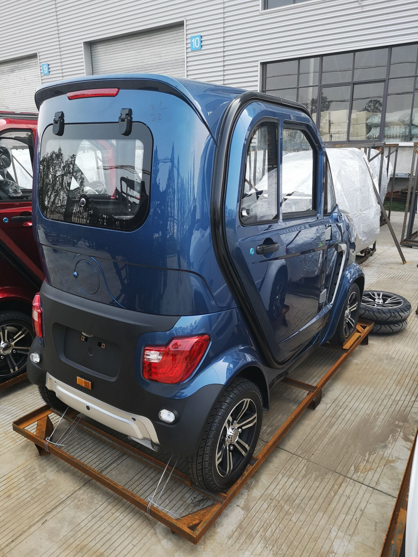 lithium battery 2 seats air conditioning mini electric car ,3kw motor electric mobility scooter
