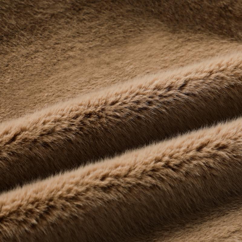 Ткань из искусственного лисьего меха