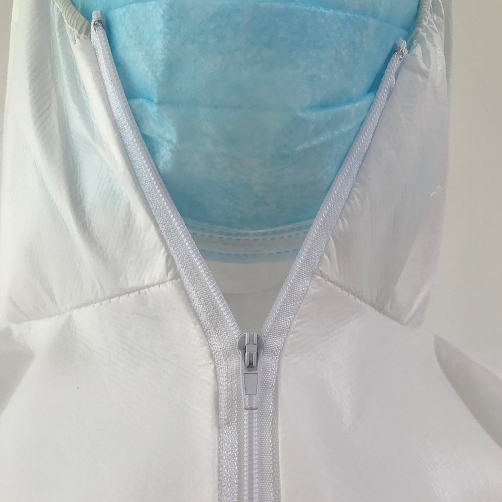 Disposable medical uniform white cheap overall equipment safety clothing suits
