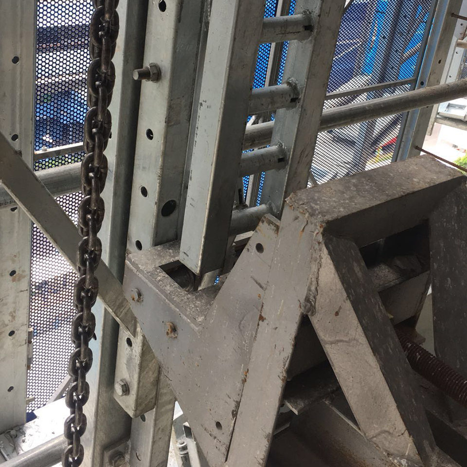 Safe fast move anti rust all round facade construction working platform system