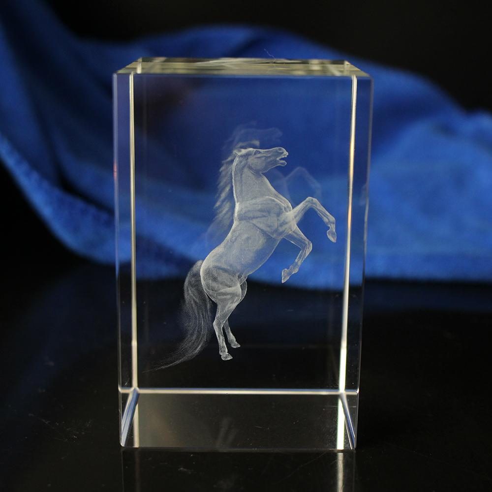 3d-фигурки животных, лошади, Хрустальный блок для новогодних подарков компании