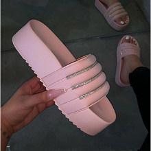 Летние женские шлепанцы; Женская нескользящая обувь на платформе со стразами; Женская пляжная обувь на толстой подошве с открытым носком; Б...(Китай)