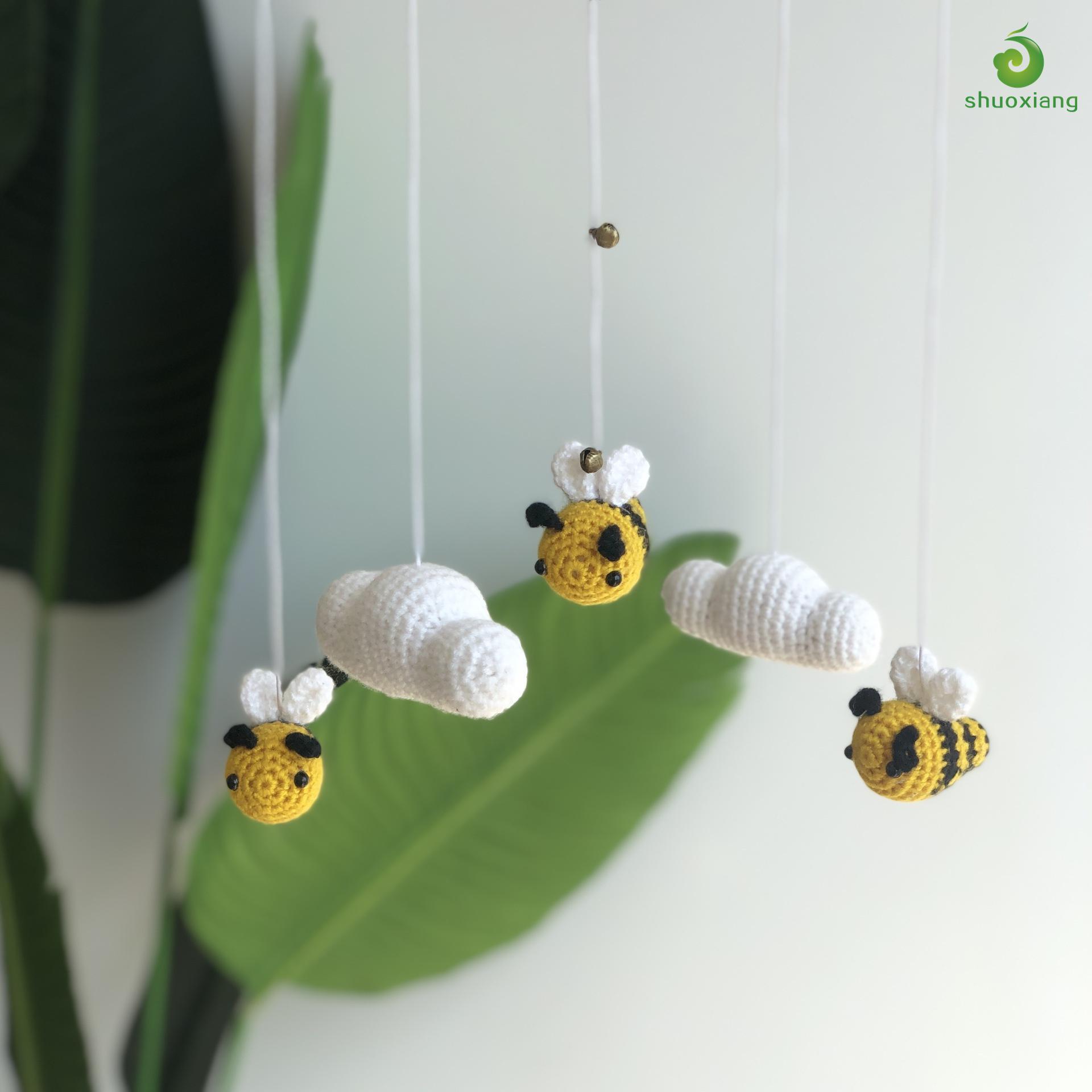 Hanging Toys Baby Crib Mobile Newborn Nursery Room Decor Bee Cloud Cot Mobile Crochet Baby Mobile
