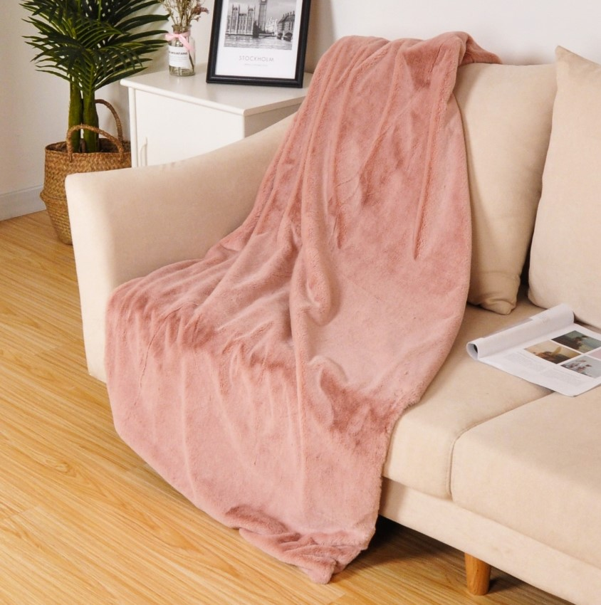 Fashion soft rabbit fur throw blanket synthetic animal fur blankets modern solid color 50*60inch faux fur blankets
