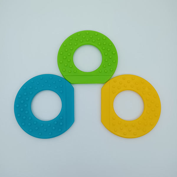 Eco-friendly Plastic Silicone Teething Ring Baby Teeth Ring and Circle China Manufacturer