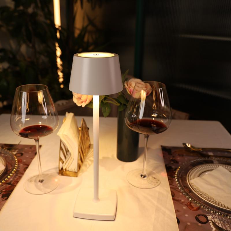Напольный Отель обеденный Ресторан декоративная кровать боковая настольная лампа amazon Беспроводная usb перезаряжаемая настольная лампа