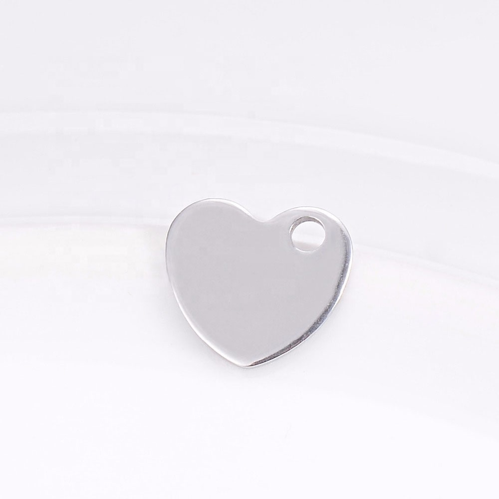 Custom Copper And Stainless Steel Jewelry Accessories Heart Shaped High Polish Glossy Engrave Logo Heart Diy Accessories