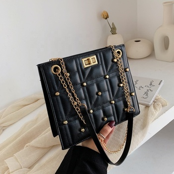 High Quality winter Crossbody Fashion women pu leather ladies hand bags rivet chain shoulder bag