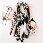 Manufacturer Fashion Female Bohemian Cotton Beach Shawls Stoles Plain Black and White Palm Leaf Printed Cotton Scarf