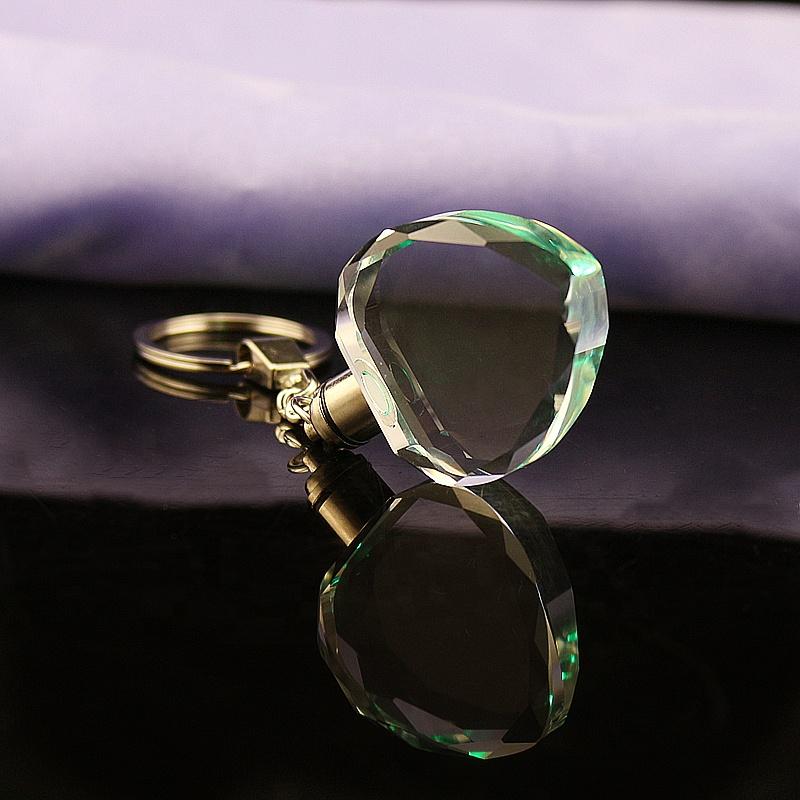 Оптовая цена Прямая продажа с завода лучшее качество хрустальный брелок в форме сердца
