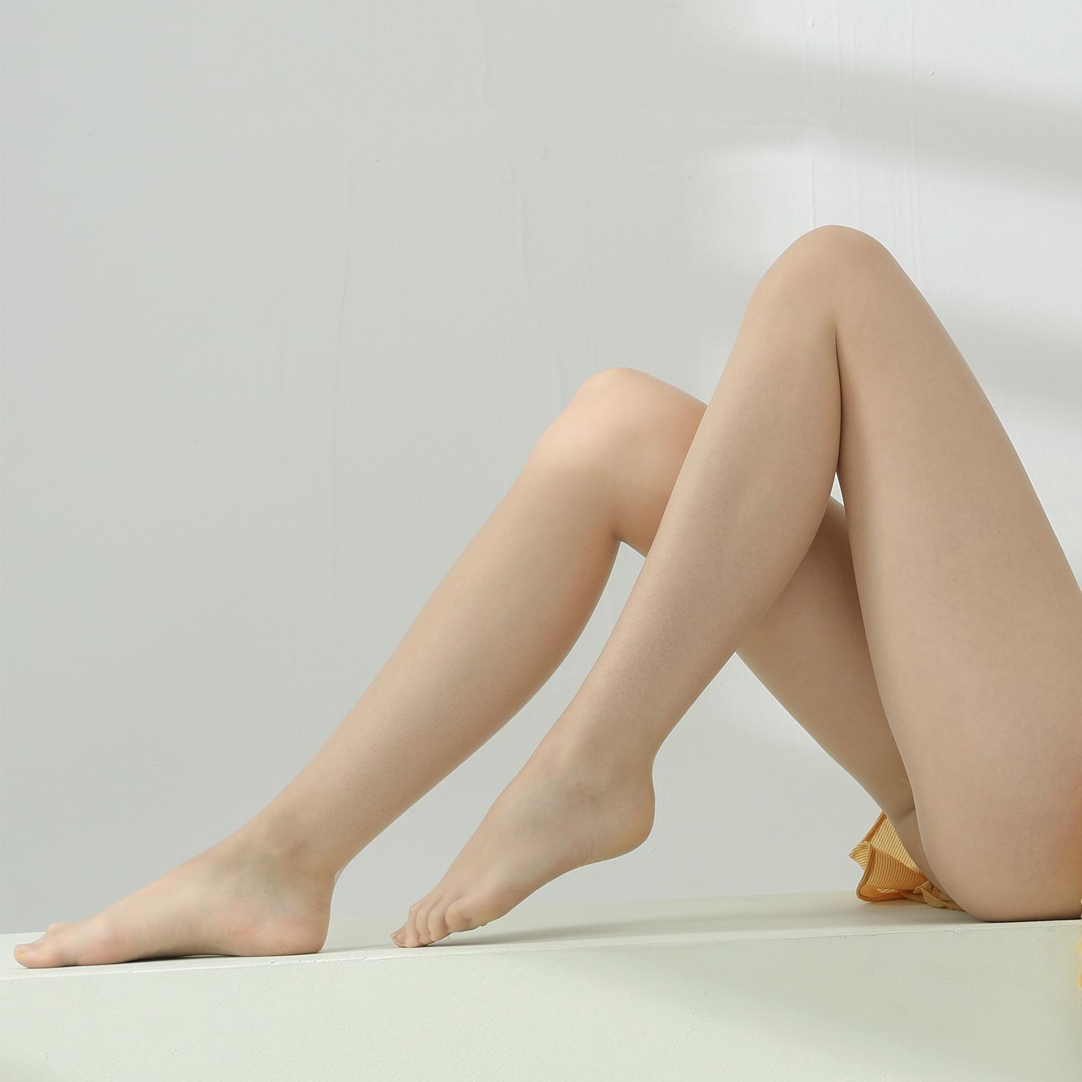 No Nonsense Women's Waist Sheer Toe Hosiery Seamless Pantyhose