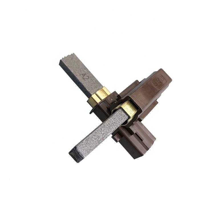 Карбоновая щетка имеет равномерную умеренную стабильную оксидную пленку, которая может быстро формироваться на поверхности коллектора или кольца коллектора.