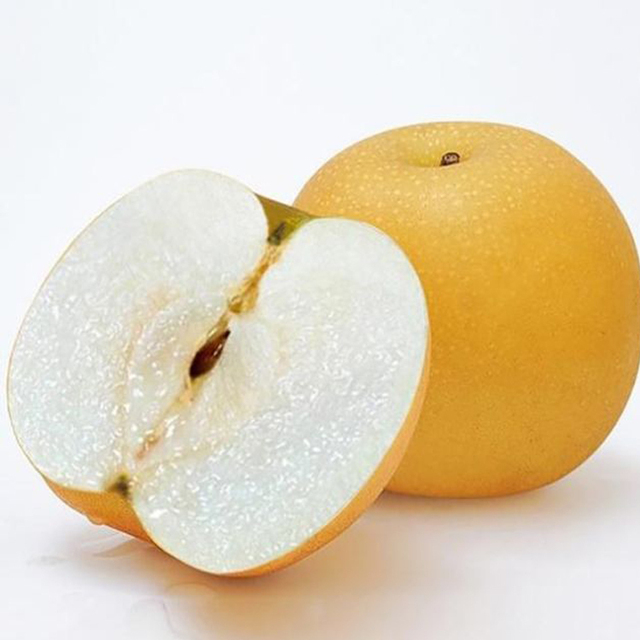Chinese fresh yellow pear