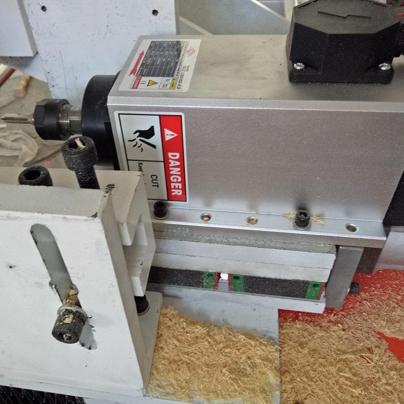 TJ-2530 single axis 2.5m length cnc wood turning lathe