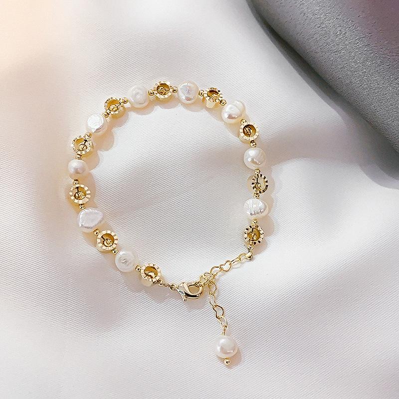 New original design of natural crystal stretch bracelet Korean Strawberry Crystal Buddha girls hand string beaded bracelet