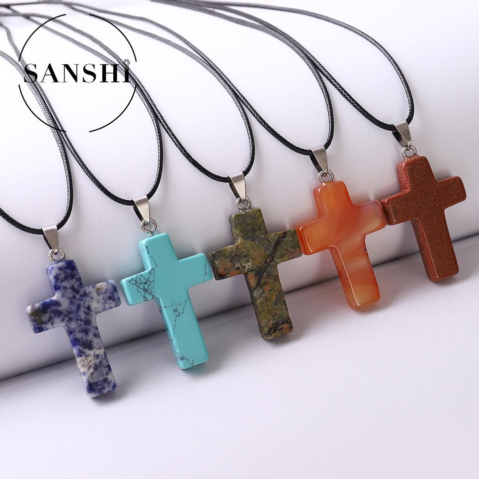 Cross pendant natural