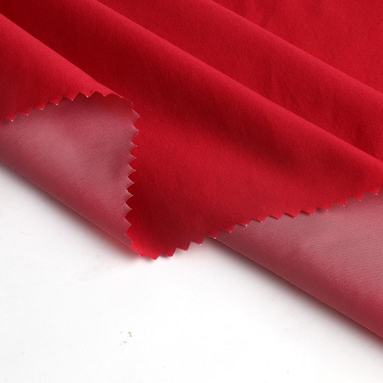 Красная велюровая переработанная нейлоновая плетеная простая ткань шириной 148 см для ветрозащитной куртки