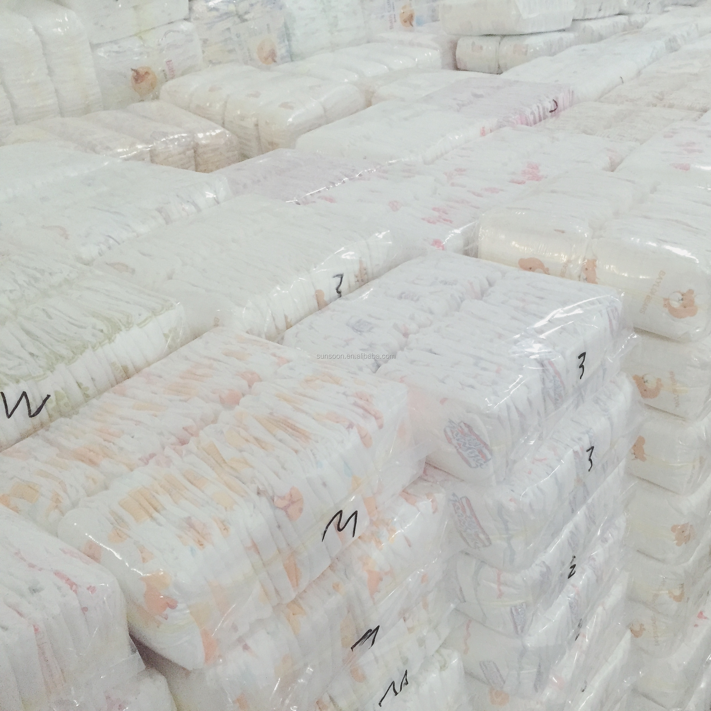 Mass stock B Grade baby diaper low price usable wholesale rejected baby diapers in stocklots rejected grade b baby diapers